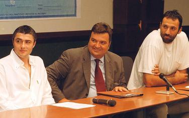 Iz perioda osnivanja Atlas Monta 2002. godine: Danilović, Knežević i Divac