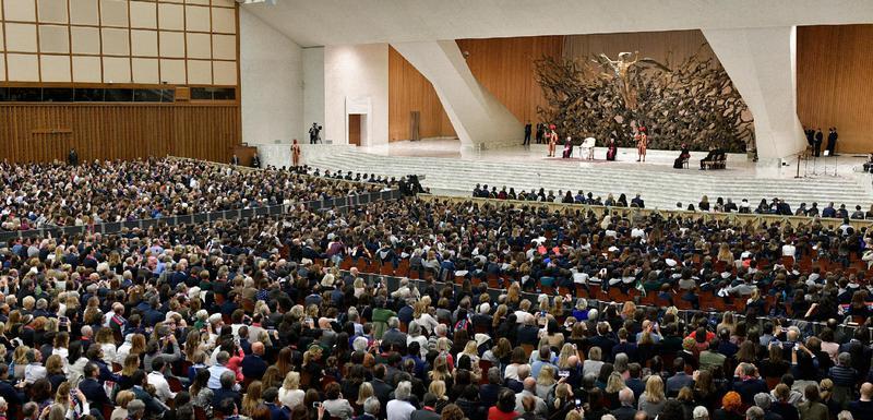 Papa pred prefesorima i studentima u MIlanu