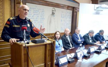 Uprava policije ne može sama riješiti probleme u lokalnoj zajednici