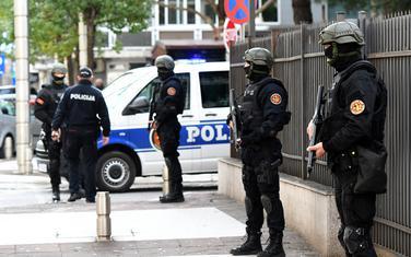 Policija oko zgrade Višeg suda (arhiva/ilustracija)