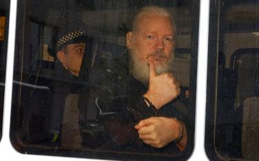 Džulijan Asanž nakon hapšenja