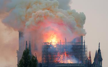 Katedralu zahvatio požar