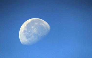 Mjesec (ilustracija)