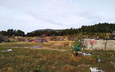 Spičansko polje zatrpano otpadom