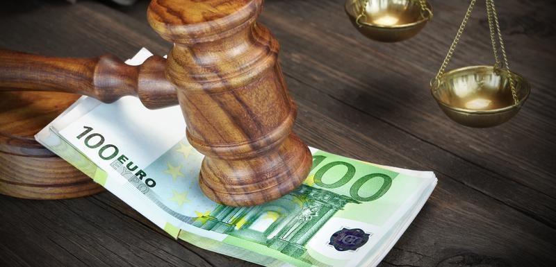 Šteta po državu sve veća: Sud/novac (ilustracija)