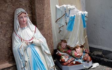 Katoličke crkve i hoteli bili meta napada