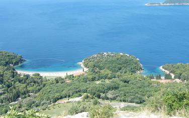 Brojni sadržaji na površini od 35 hektara: Kraljičina i Kraljeva plaža