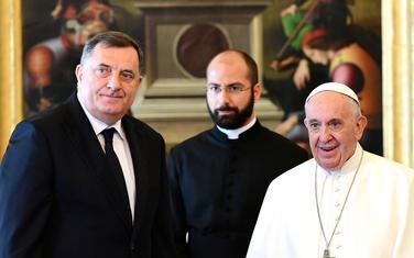 Dodik i papa Franjo