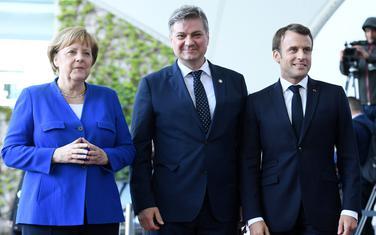 Zvizdić sa Merkelovom i Makronom