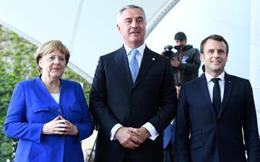 Đukanović sa Angelom Merkel i Emanuelom Makronom
