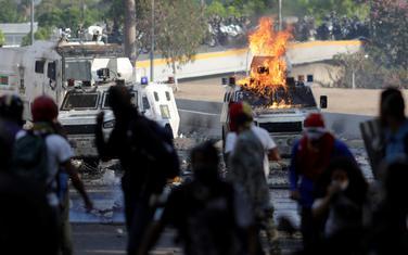 Neredi u glavnom gradu