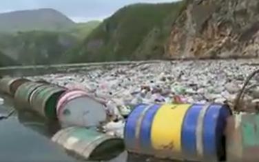 Svake godine se iz rijeke izvuče 800.000 tona smeća
