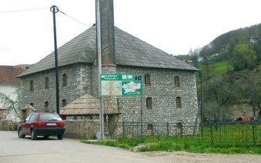 Džamija u Petnjici (arhiva)
