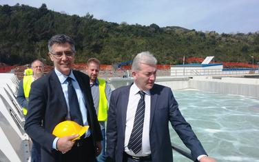 Bivši gradonačelnici Kotora i Tivta, Aleksandar Stijepčević i Ivan Novosel, u obilasku postrojenja 2016.