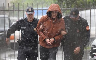 Policija privodi Ajdarpašića