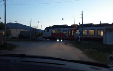 Voz prolazi a rampa podignuta