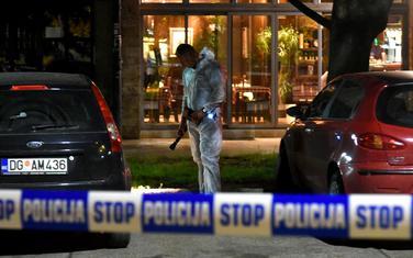 Uviđaj policije poslije ranjavanja Lakićeve