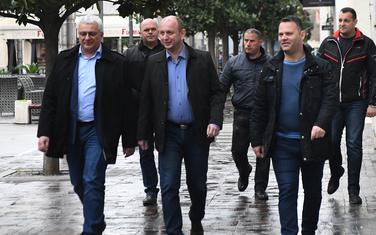 Mandić, Knežević i Čađenović