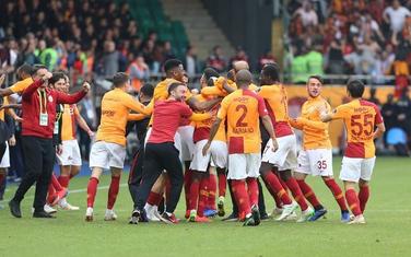 Slavlje igrača Galatasaraja poslije meča