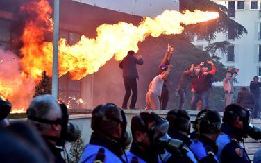 Protesti u Tirani