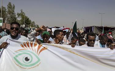 Demonstranti u Sudanu