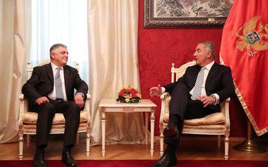 Predsjednik Crne Gore Milo Đukanović i ambasador Gruzije Zala Gogsadže