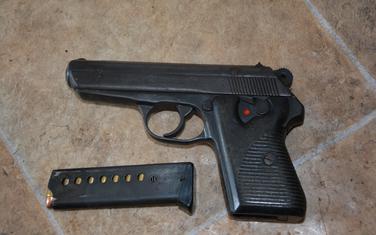 Oduzeti pištolj u Herceg Novom