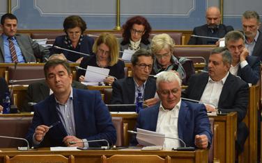 Poslanici DF u Skupštini