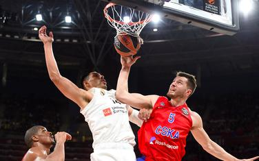 Duel Petersa (CSKA) i Ajona (Real)