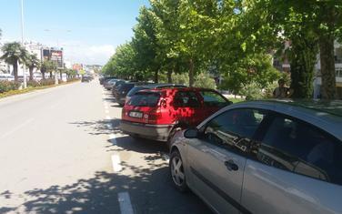 Parking trenutno besplatan