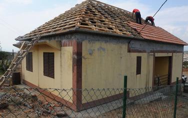 Rušenje krova kuće na Kakarickoj gori