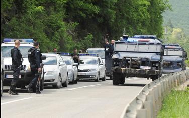 Kosovska policija u blizini Zubinog potoka u ponedjeljak