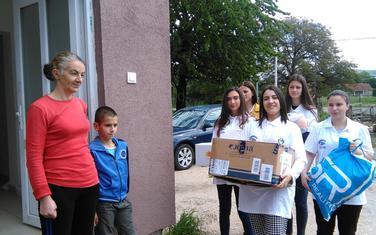 "Volonteri ""Alfa centra"" i porodica Nikčević"
