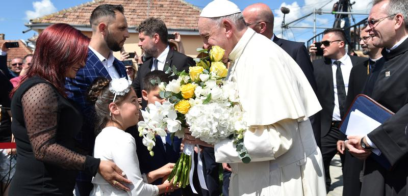 Papa u Rumuniji