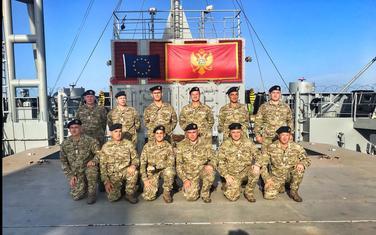 Članovi samostalnog tima za zaštitu brodova Mornarice VCG
