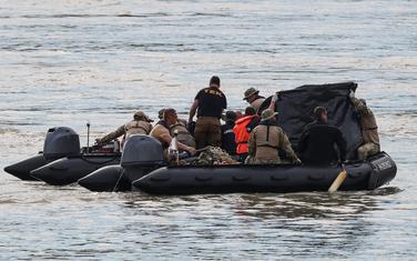 Spasioci pretražuju Dunav