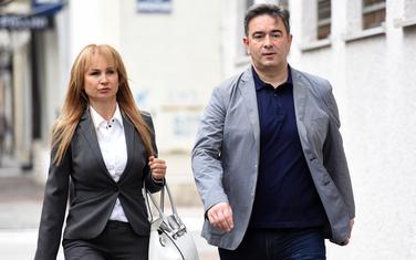 Medojević sa suprugom dolazi na suđenje