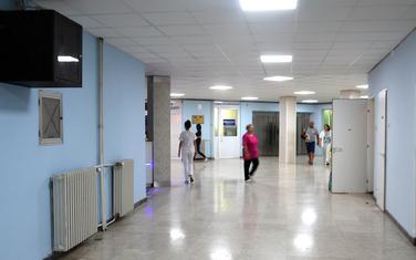 Kliničkom centru potrebne rekonstrukcije podova i plafona, pojedinih odjeljenja, stare medicinske škole...