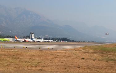 Juče na aerodromu u Tivtu