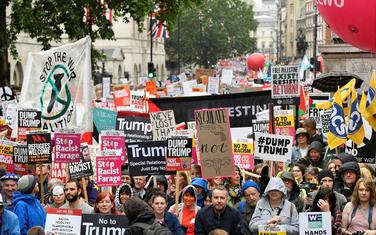 Protest u Londonu tokom Trapove posjete