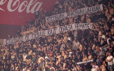 Poruka navijača Partizana