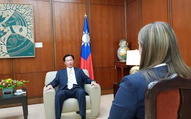 """Upoznaće narod Tajvana sa Crnom Gorom: Ministar u razgovoru sa novinarkom """"Vijesti"""""""