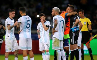 Fudbaleri Argentine nakon remija sa Paragvajem