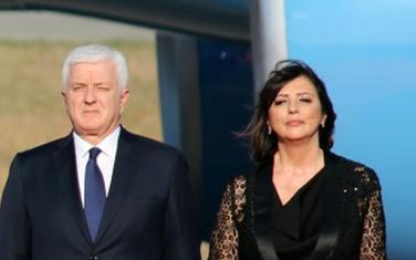 Premijer zarađivao nepunih 2.000 eura:  Duško i Nata Marković