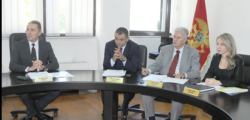 Sa sjednice Savjeta Centralne banke, Irena Radović krajnje desno