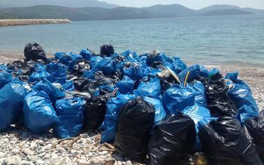 Otpad prikupljen u akciji čišćenja uvale Trašte