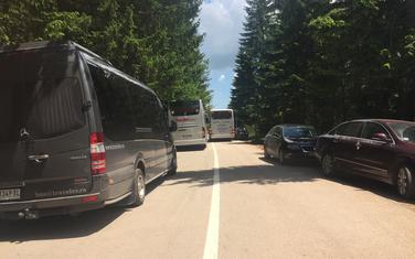 Saobraćajne gužve na putu ka jezeru