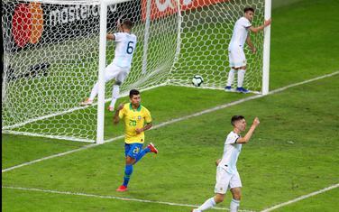 Firmino slavi gol za 2:0