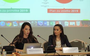 Dina Bajramspahić i Nikoleta Pavićević predstavile uputstva za korišćenje portala