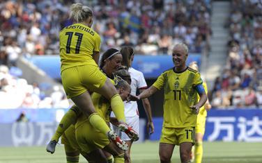 Slavlje Šveđanki nakon gola